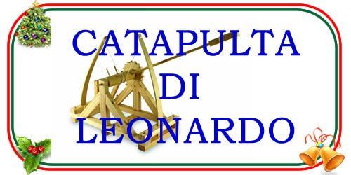 versione giocattolo dellacatapulta di Leonardo da Vinci