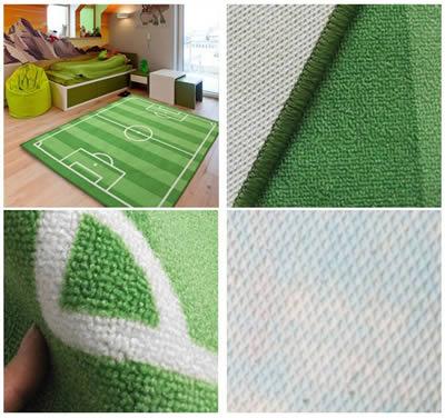 dettaglio tecnico del tappeto a forma di campo da calcio